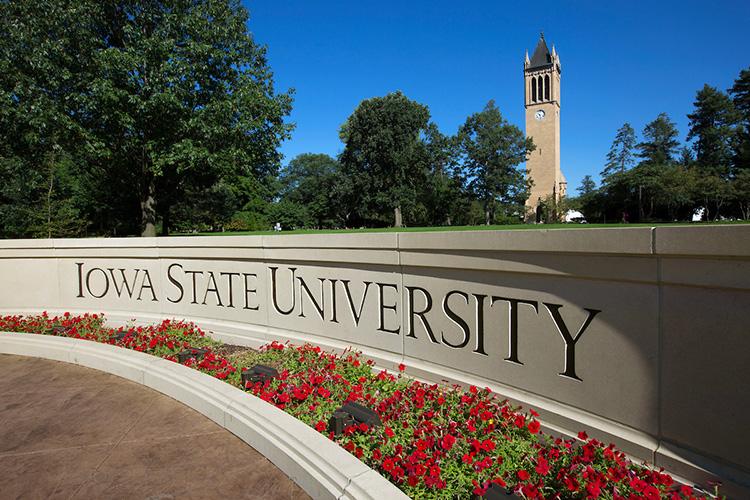 University Of Iowa Scholarships >> Scholarships University Honors Program Iowa State University